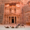 B4T3N2 The Treasury (Al Khazneh), Petra (UNESCO world heritage site), Jordan.